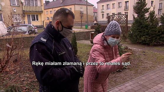 Interwencja - Bezdomny syn wdziera się do jej mieszkania