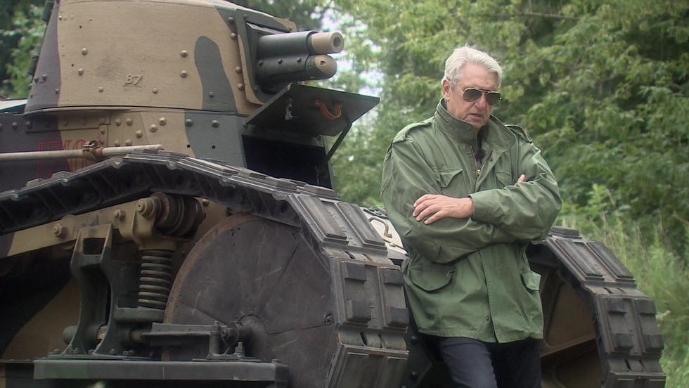 Tajna historia XX w. - Prezentuj broń